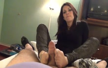 Footjob in pantyhose